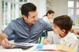 Profesor y alumno en la escuela