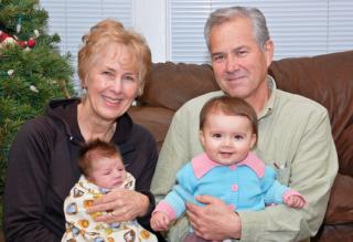 Abuelos y nietos. Foto: Nasv