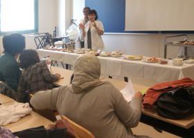 Teresa Nonnato explica algunas recetas.