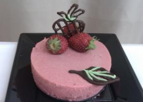 Mousse de fresas. Foto: Júlia Caballé