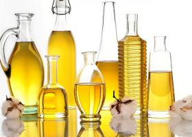 Aceites. Imagen: Cottonseed Oil en Flickr (CC BY 2.0)