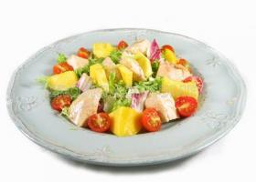Ensalada de pechuga de pavo y mango. Foto: Consumer Eroski