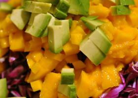 Ensalada de mango y aguacate. Foto: cyclonebill en Flickr