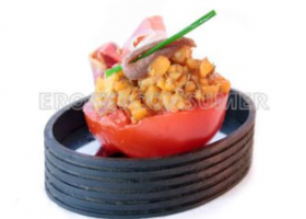 Tartar de nísperos con tomate y jamón. Foto: Consumer Eroski