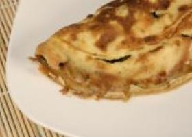 Tortilla de olivas con calabacín y requesón. Foto: HSJDBCN