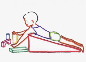La colocación de la almohadilla o cuña puede facilitar el control cefálico