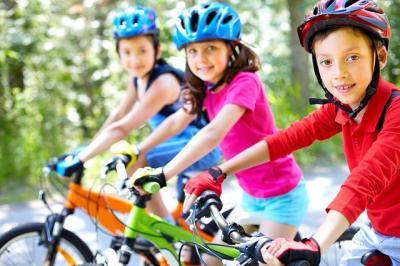Niños en bici