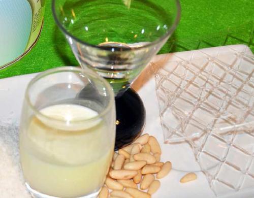 Ingredientes flan de coco con piñones