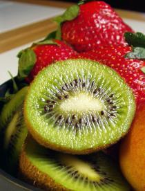 Kiwis y fresas