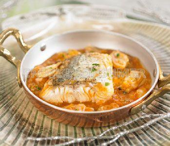 Lomo de merluza en salsa marinera de almejas. Imagen: Consumer Eroski