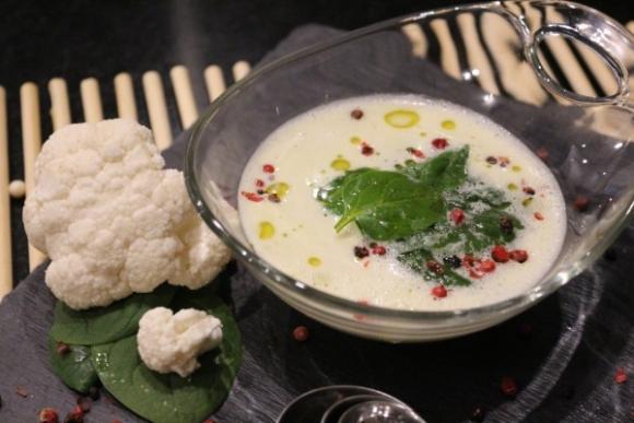 Sopa de espinacas. Imagen: Nutricia