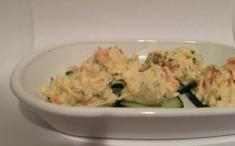 Keto-discos de pepino con salmón y queso crema (Salmon Cream Cheese Poppers)