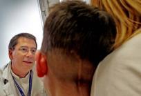 Consulta médica en el Hospital Sant Joan de Déu - Barcelona. Foto: HSJD